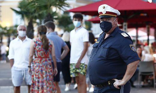 Ab 21 Uhr muss im öffentlichen Raum in Velden ein Mund-Nasen-Schutz getragen werden