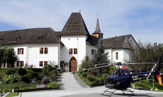 Der geplante Heli-Airport vor Schloss Seltenheim wirbelt viel Staub auf