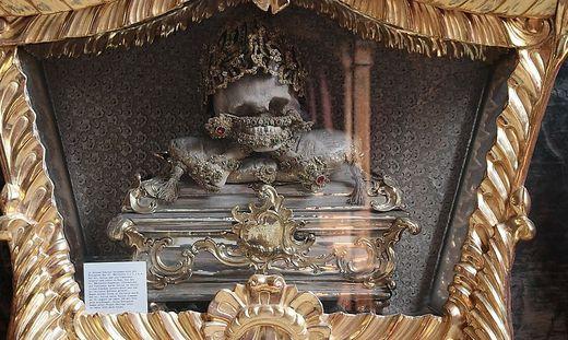 Die Reliquien von Julius von Rom in Vorau