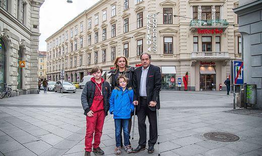 Die Familie Leitner 2016 am Tatort