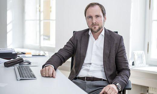 Flughafen-Investor Franz Peter Orasch wird jetzt auch Geschäftsführer am Flughafen