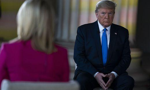 Trump bei einer Veranstaltung des Senders Fox News