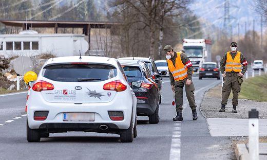 AUT, Coronavirus Pandemie, Ausreisetest Osttirol