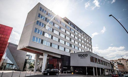 """Nur Geschäftsreisende als Gäste: Im Hotel """"Voco"""" sind derzeit nur rund zehn der 135 Zimmer belegt"""