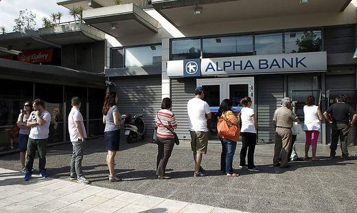 GREECE ECONOMY CRISIS