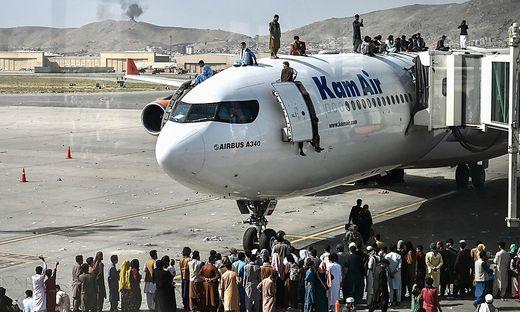 Chaotische Zustände am Flughafen in Kabul