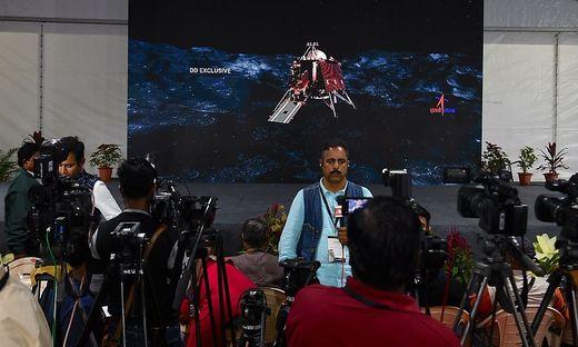 Die Raumsonde Chandrayaan-2 sollte am Samstag auf dem Südpol des Erdtrabanten landen