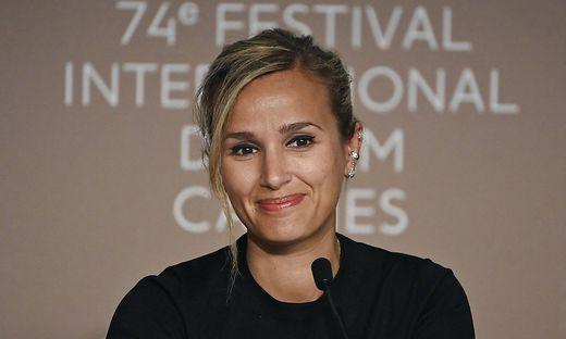 Goldene Palme für die französische Regisseurin Julia Ducournau