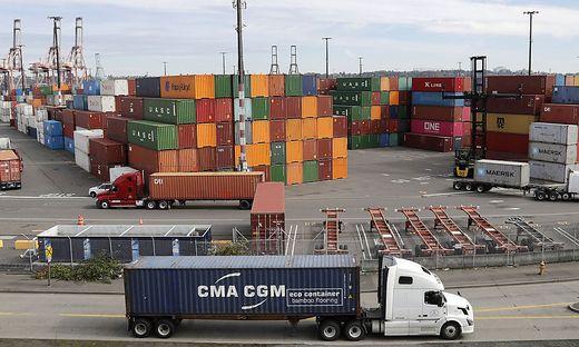 Exporte sinken: Handelsstreit setzt China immer stärker zu