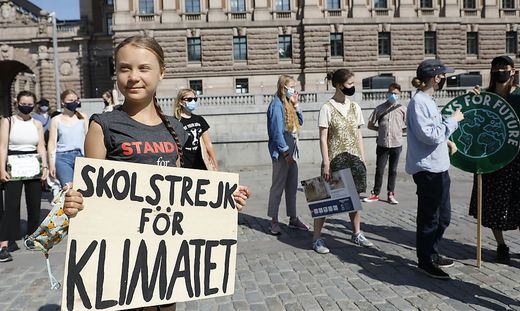 Klima-Aktivistin Greta Thunberg erhielt erste Corona-Impfung