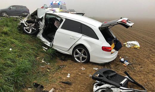 Zwei Männer wurden lebensgefährlich verletzt
