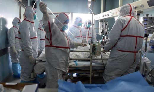 Nach der Vogelgrippe kämpft die chinesische Metropole Wuhan nun mit einer rätselhaften Lungenkrankheit