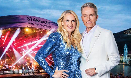 Durch die Show führen wieder Barbara Schöneberger und Alfons Haider