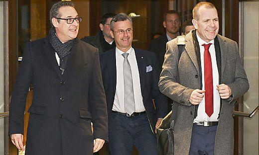 Strache, Hofer, Vilimsky auf dem Weg zum Parteivorstand
