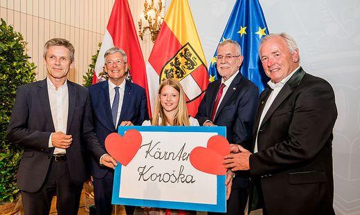Beim Festakt: Josef Ostermayer, Peter Kaiser, Bundespräsident Van der Bellen, Gerhard Dörfler