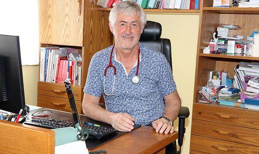 Bezirksärztevertreter Benedikt Huber spricht über die aktuelle Situation im Bezirk