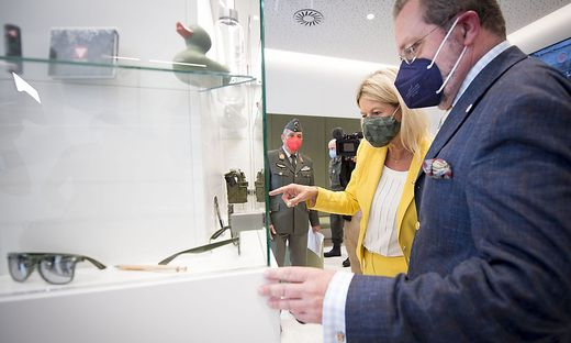 """Der """"Checkpoint MaHü"""" soll das Bundesheer als """"attraktiven Arbeitgeber"""" bewerben, so Verteidigungsministerin Klaudia Tanner."""