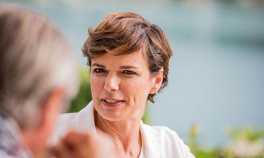 Pamela Rendi-Wagner am  Dienstag am Wörthersee auf Wahlkampftour in Kärnten