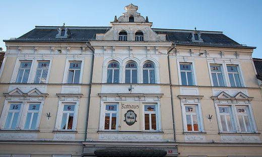 Feldkirchen Hauptplatz Rathaus