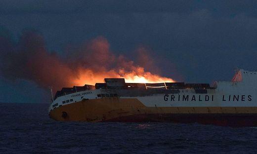 """Das Containerschiff """"Grande America"""" vor seinem Untergang"""