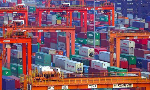 Containerhafen in Yantian, China