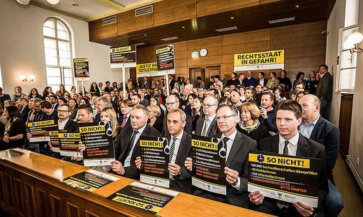 Richter und Staatsanwälte protestierten in Klagenfurt
