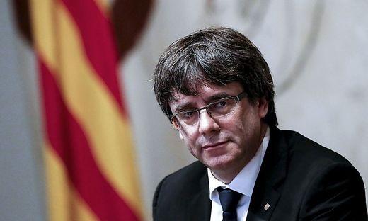 Puigdemont fordert Wiedereinsetzung seiner katalanischen Regierung