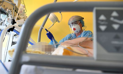 Die schwangere Coronapatientin musste in Tiefschlaf versetzt werden