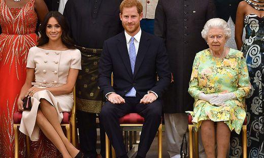 Die Sussexes fallen aus dem königlichen Rahmen