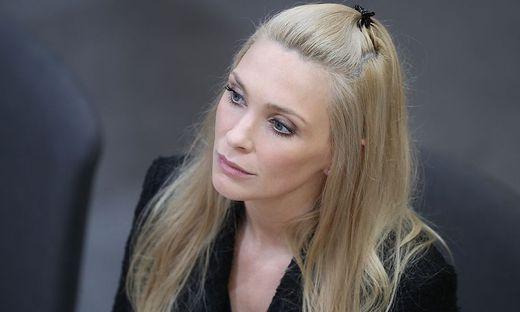 Die freie Abgeordnete Philippa Strache
