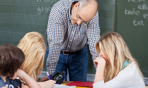 Bis 2024 werden sich in Kärnten 500 Lehrer in die Pension verabschieden.