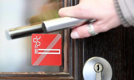 Das Rauchverbot in den Lokalen wird seit Jahren debattiert