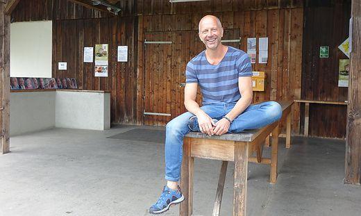 Leidenschaft: In der Tenne bei Schloss Burgstall stand Simon Hatzl erstmals auf der Bühne