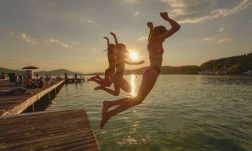 Sujet wetter sommer abendstimmung baden spasz Strandbad klagenfurt