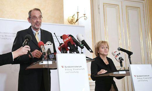 PK 'MASSNAHMEN ZUR BEWAeLTIGUNG VON SCHULKONFLIKTEN': BM FASSMANN / WIESINGER