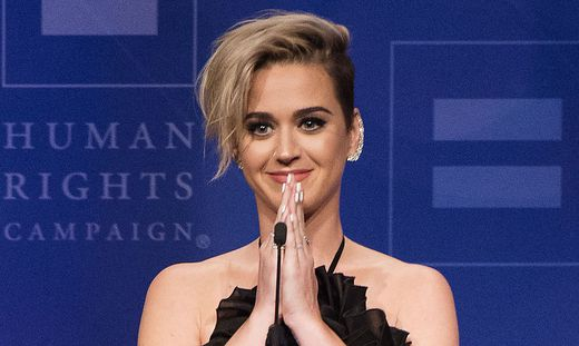 """Sängerin mit """"National Equality Award"""" für ihren Einsatz für       sexuelle Vielfalt und Gleichberechtigung ausgezeichnet"""