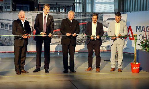 (vlnr) Richard Reder (Geschäftsleitung MAGIRUS Lohr); Marc Diening (CEO Magirus) Hermann Schützenhöfer (Landeshauptmann), Udo Hebesberger (Landtagsabgeordneter) Christian Reisl (Geschäftsführer MAGIRUS Lohr)