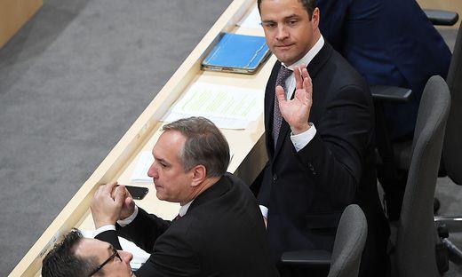 FPÖ-Troika im Parlament: Strache, Rosenkranz, Gudenus