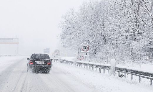 Schnee Schneefall Winter A2 KLU Februar 2018