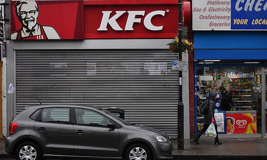 Großbritannien Warum Hunderte Filialen Von Kfc Geschlossen Bleiben