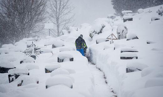 Notfalls sollen die Pfarren den Friedhof im Winter sperren, rät jetzt die Diözese nach OGH-Urteil