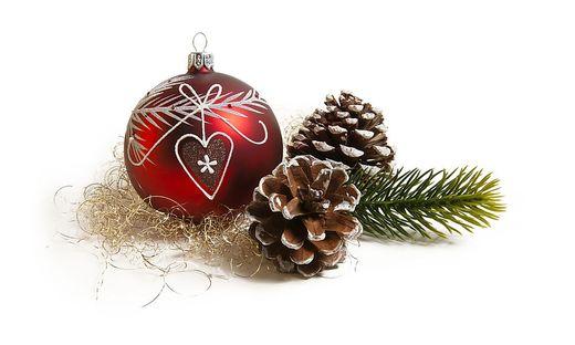 Grüne Gurke Im Weihnachtsbaum.O Tannenbaum Was Weltweit Auf Dem Christbaum Hängt Kleinezeitung At
