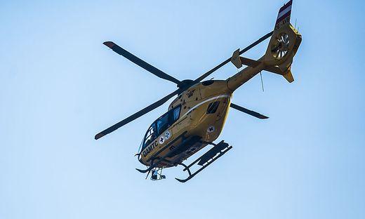 Der Schwerverletzte wurde nach Hall in Tirol geflogen