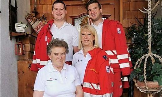 Die Mariazeller Familie mit Oma Helga Feichtinger, Tochter Andrea Prenner und den Söhnen Florian und Peter ist seit Generationen beim ehrenamtlich Roten Kreuz