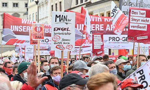 Protestmarsch der MAN-Beschäftigten in Steyr