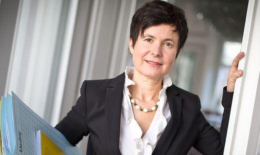 KDT Angelika Schiwek Patienten-Anwaeltin Patientenanwaeltin Kaernten Februar 2014