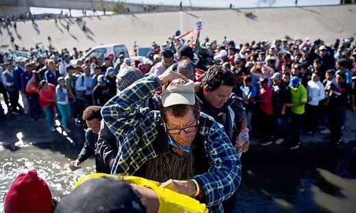 Mexiko droht humanitäre Krise an US-Grenze