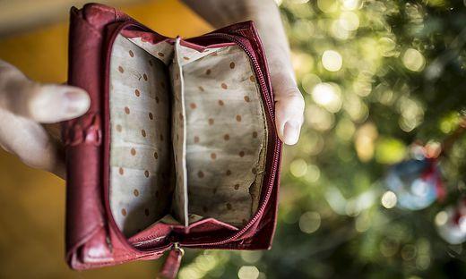 Sujet Konkurs Kein Geld arm Armut Pleite Brieftasche Weihnachten Jaenner 2018