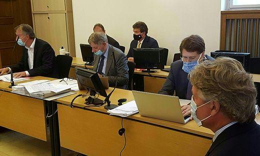 Das Urteil gegen Tilo Berlin (rechts) ist nicht rechtskräftig