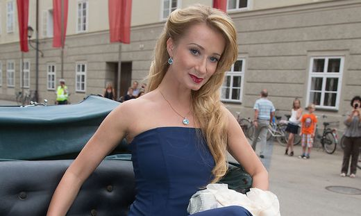 SALZBURGER FESTSPIELE: PREMIERE 'FALSTAFF ' / SARKISSOVA